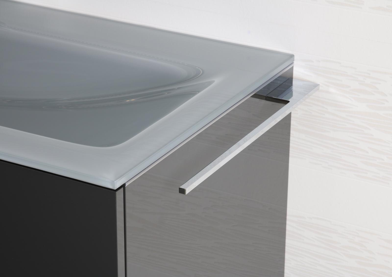 handtuchhalter bad chrom bad accessoires design badetuchstange. Black Bedroom Furniture Sets. Home Design Ideas