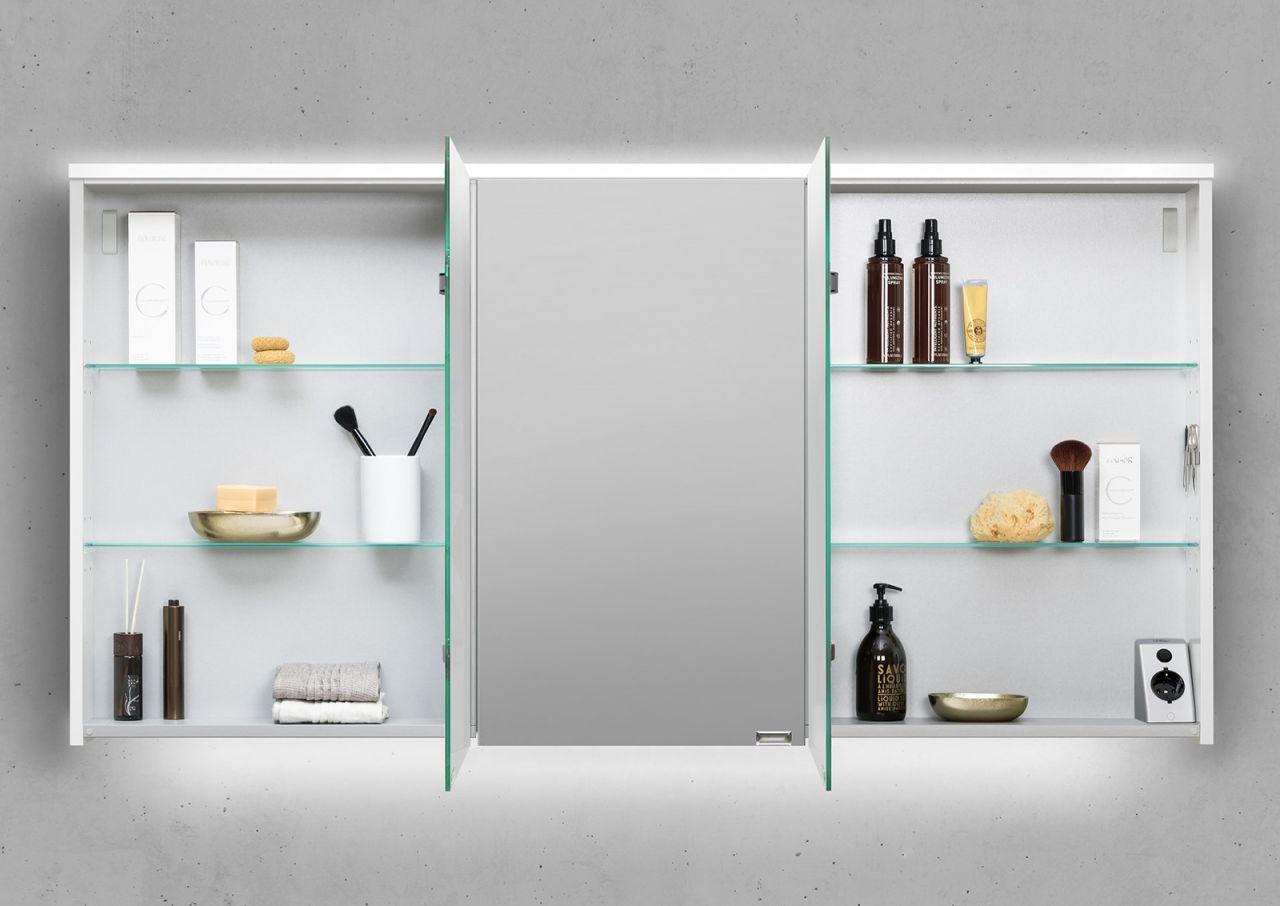 spiegelschrank 140 cm integrierte led beleuchtung doppelt verspiegelt wei hoc ebay. Black Bedroom Furniture Sets. Home Design Ideas
