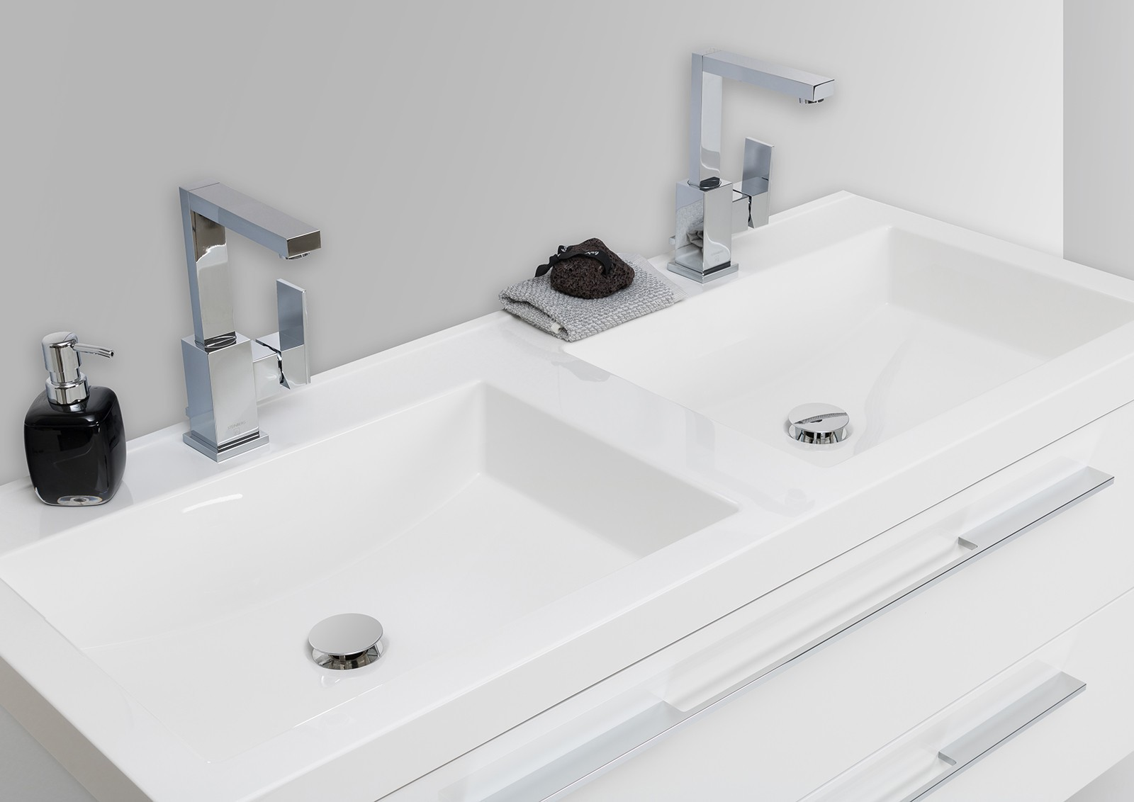 Badezimmermöbel Doppelwaschbecken ~ Doppelwaschbecken 120cm, Unterschrank und LED Lichtspiegel Badezimmer [R
