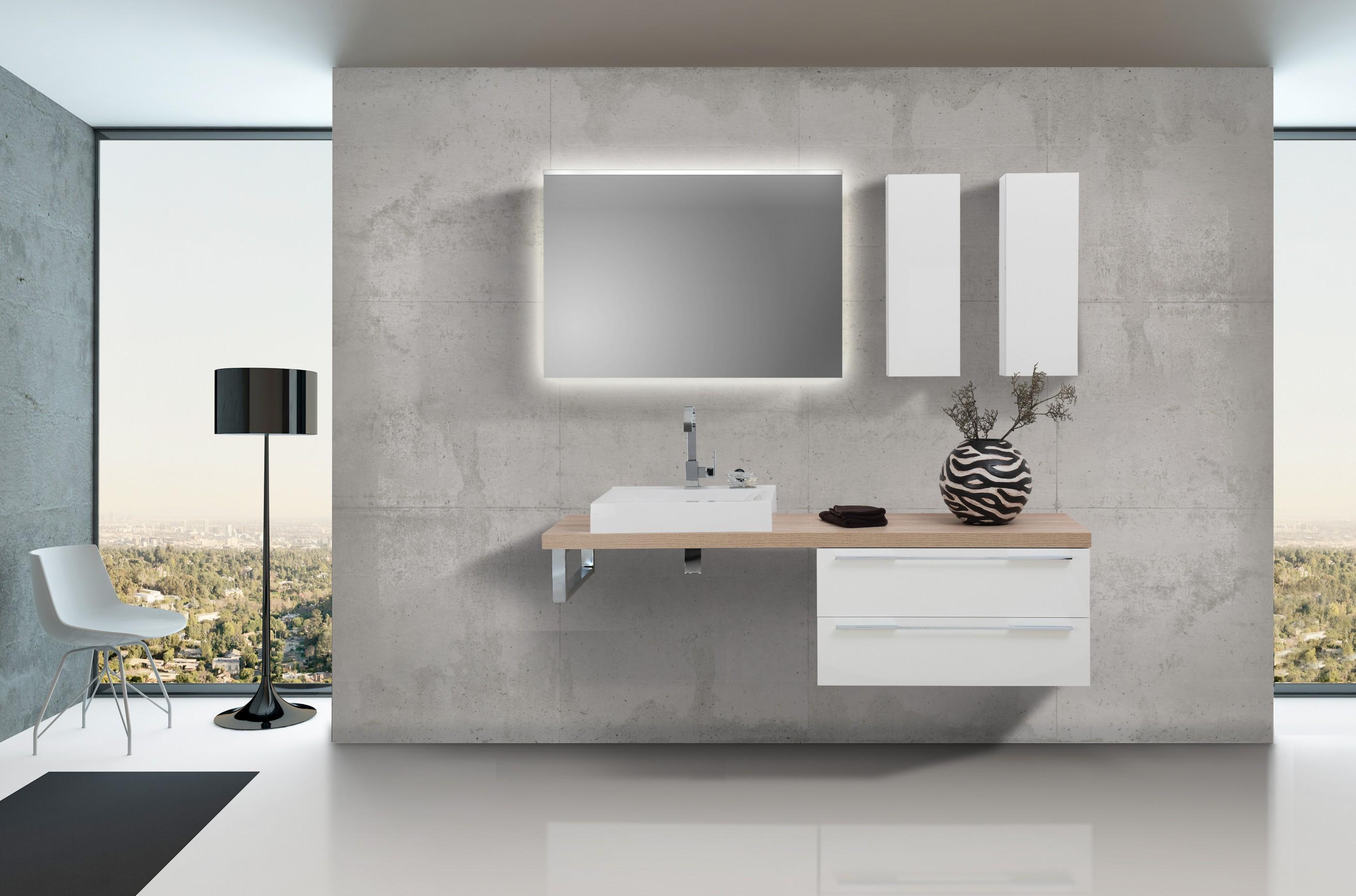 design badezimmer set wei hochglanz mit led lichtspiegel. Black Bedroom Furniture Sets. Home Design Ideas