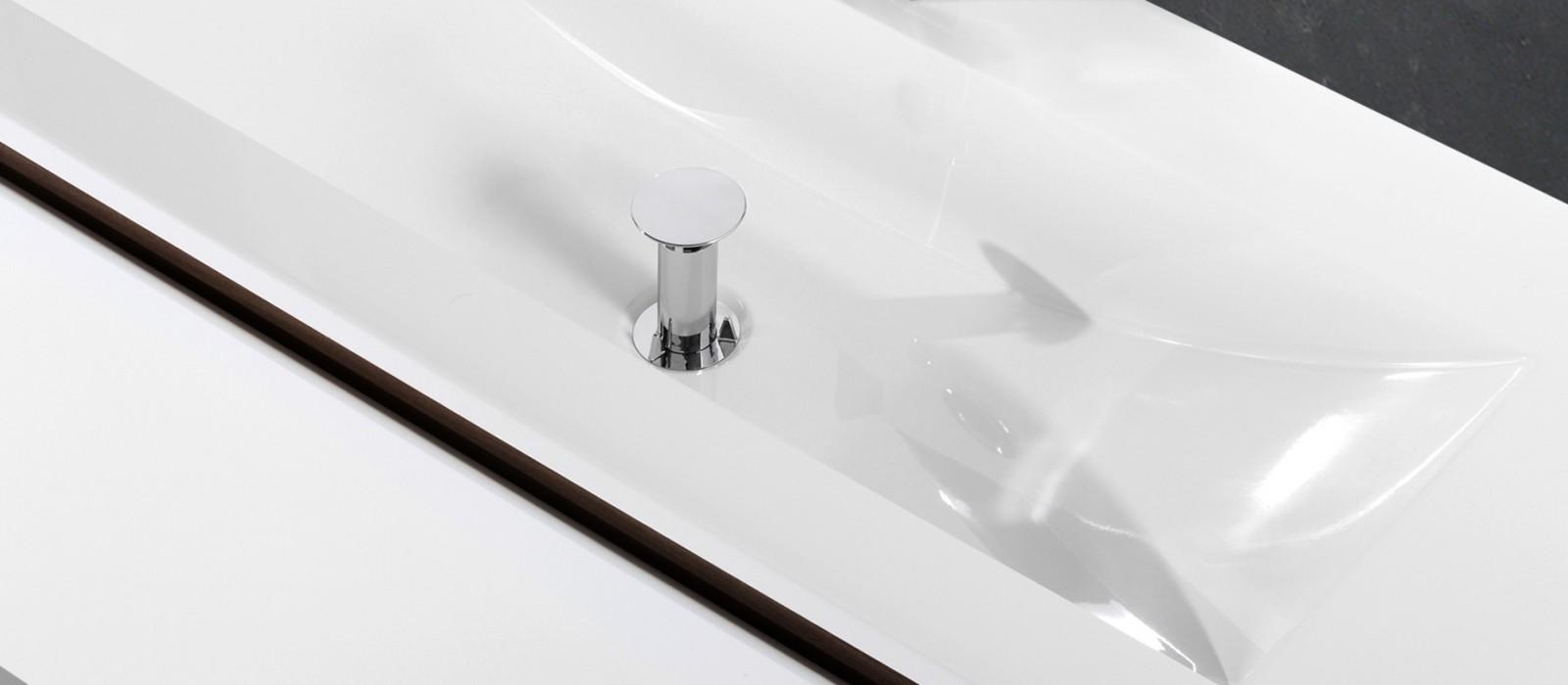 badm bel set mit 120 cm doppelwaschtisch grau hochglanz. Black Bedroom Furniture Sets. Home Design Ideas