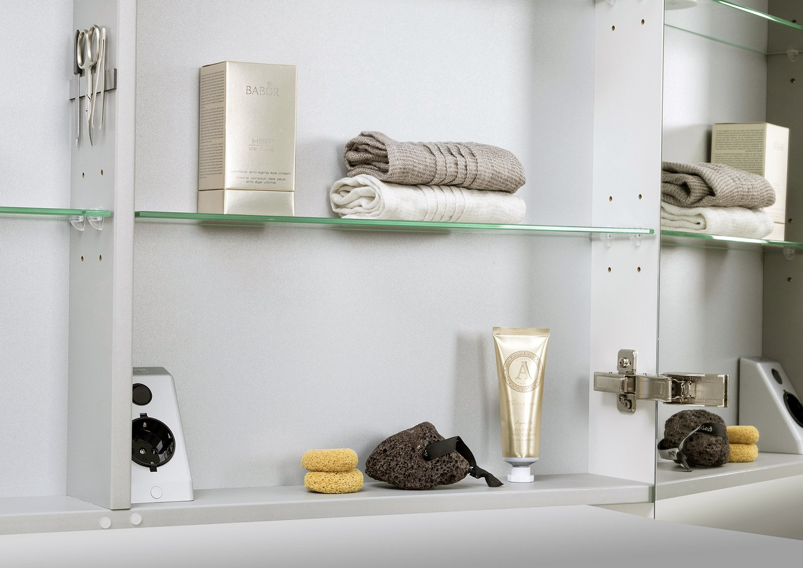 spiegelschrank bad 100 cm led beleuchtung doppelseitig. Black Bedroom Furniture Sets. Home Design Ideas