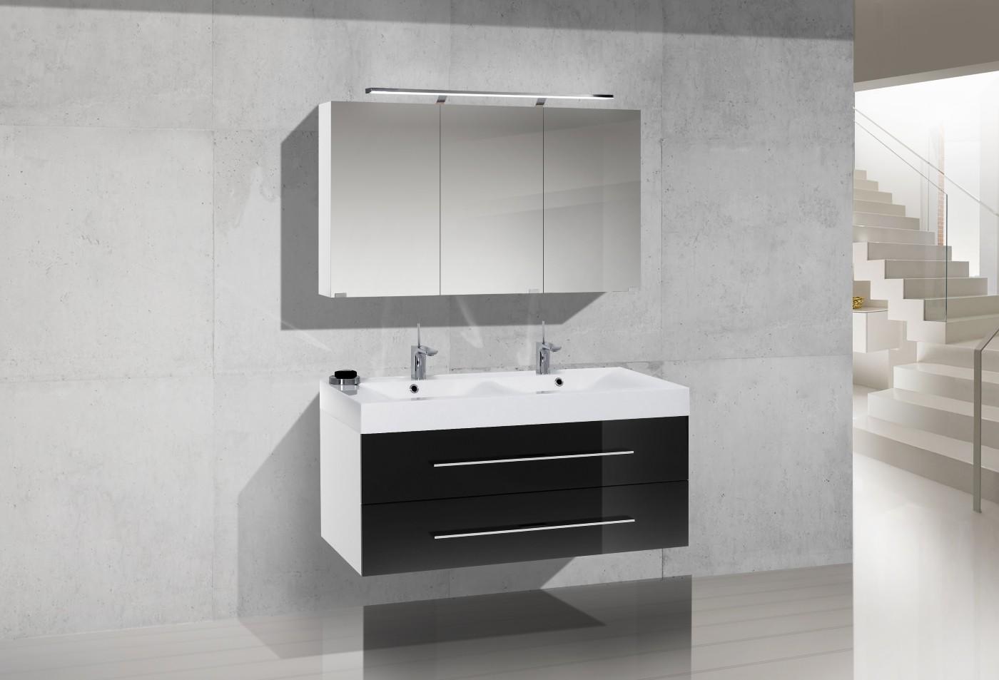 badm bel set mit spiegelschrank und 120 cm. Black Bedroom Furniture Sets. Home Design Ideas
