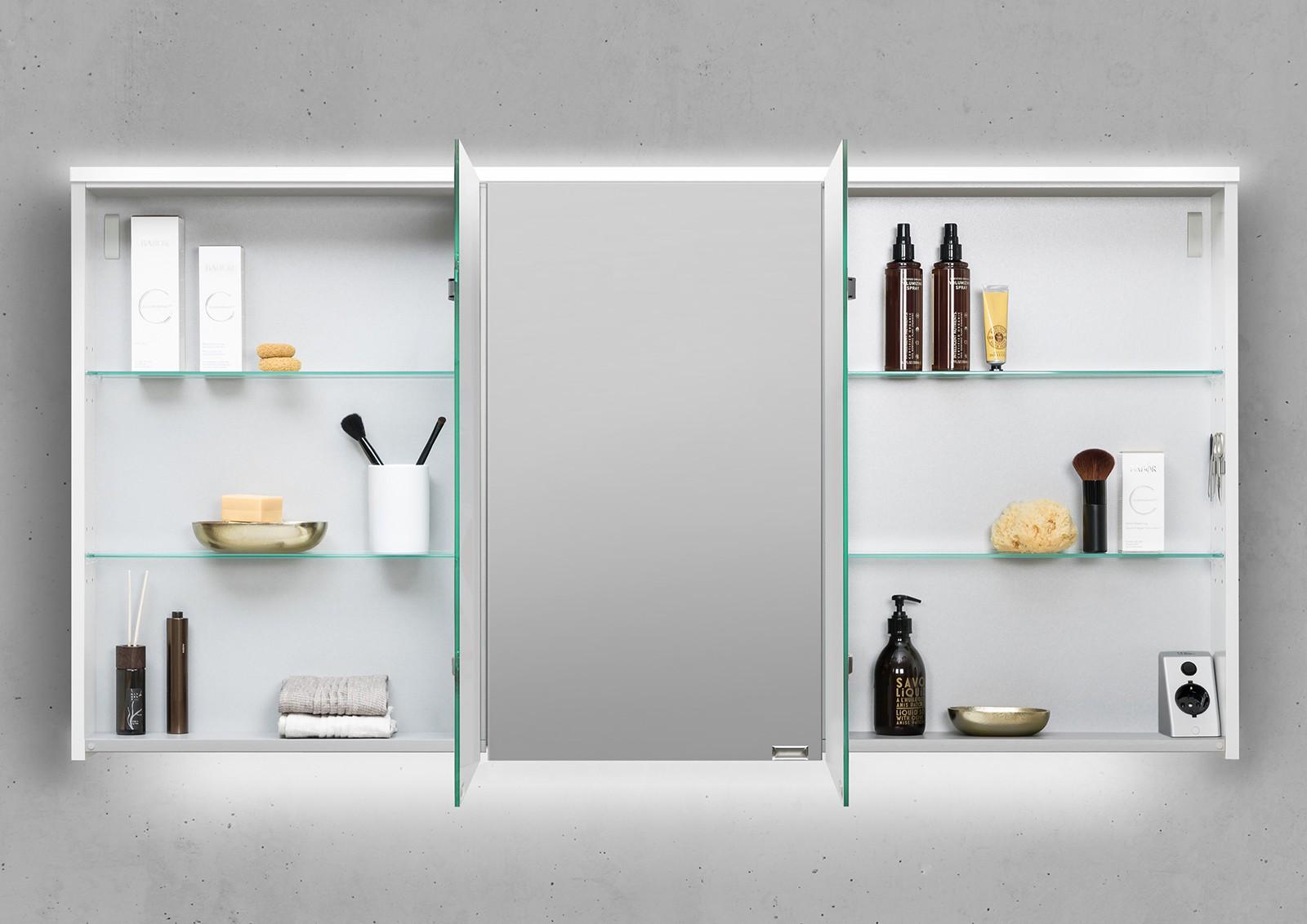 spiegelschrank 150 cm integrierte led beleuchtung doppelt verspiegelt. Black Bedroom Furniture Sets. Home Design Ideas